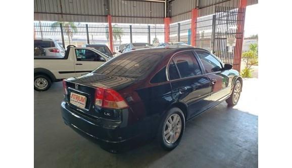 //www.autoline.com.br/carro/honda/civic-17-lx-16v-gasolina-4p-manual/2004/birigui-sp/11139416