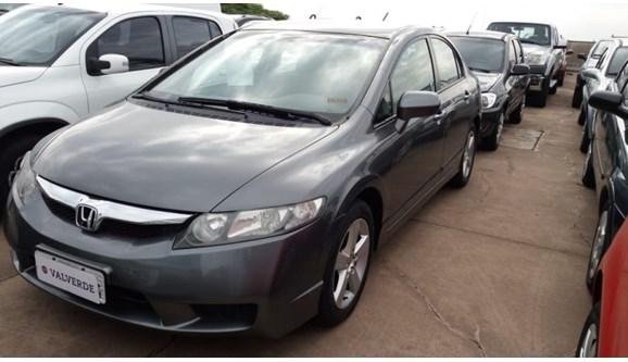 //www.autoline.com.br/carro/honda/civic-18-lxs-16v-flex-4p-manual/2009/campinas-sp/11274108