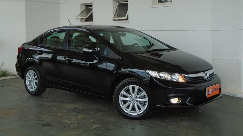 //www.autoline.com.br/carro/honda/civic-20-lxr-16v-flex-4p-automatico/2014/brasilia-df/11384680