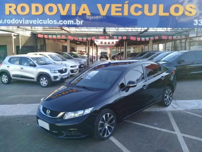 //www.autoline.com.br/carro/honda/civic-20-lxr-16v-flex-4p-automatico/2015/brasilia-df/12003196