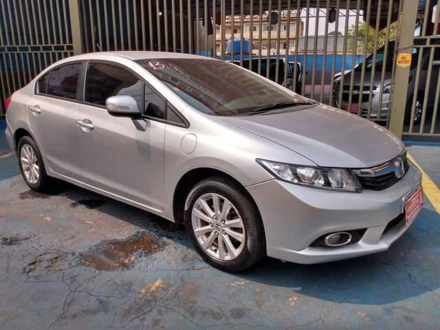 //www.autoline.com.br/carro/honda/civic-18-lxl-16v-flex-4p-automatico/2013/conselheiro-lafaiete-mg/12624365