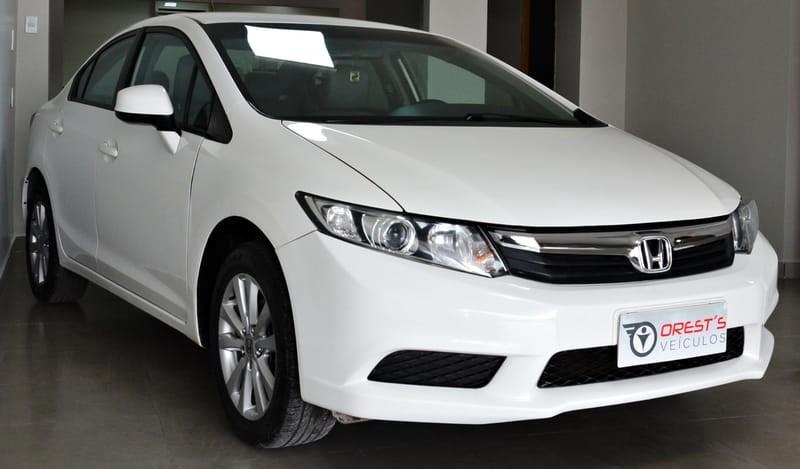 //www.autoline.com.br/carro/honda/civic-18-lxs-16v-flex-4p-automatico/2015/brasilia-df/12684408