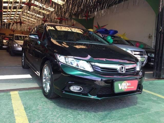 //www.autoline.com.br/carro/honda/civic-20-lxr-16v-flex-4p-automatico/2014/campinas-sp/12686535