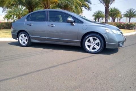 //www.autoline.com.br/carro/honda/civic-18-lxs-16v-flex-4p-automatico/2010/sao-sebastiao-do-paraiso-mg/12816881