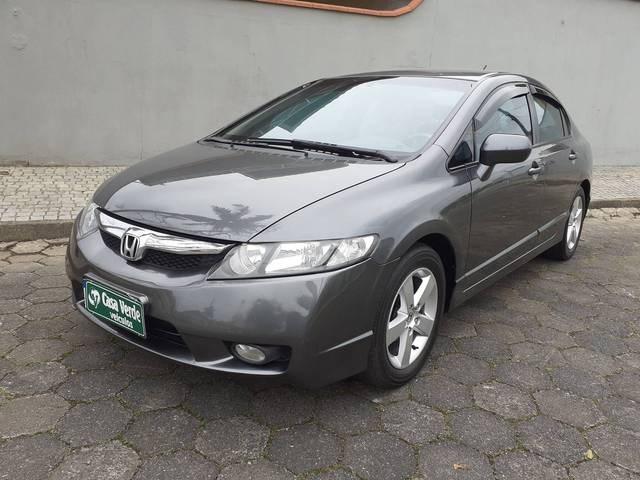 //www.autoline.com.br/carro/honda/civic-18-lxs-16v-flex-4p-automatico/2009/joinville-sc/12848335