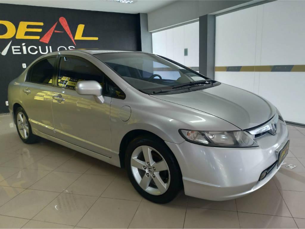 //www.autoline.com.br/carro/honda/civic-18-lxs-16v-flex-4p-manual/2008/xanxere-sc/13107810