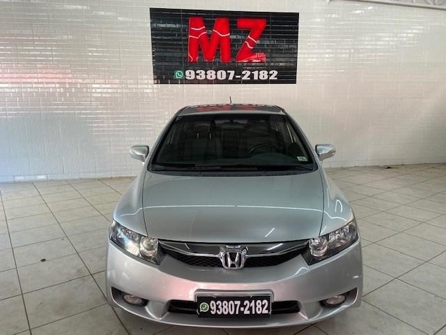 //www.autoline.com.br/carro/honda/civic-18-exs-16v-flex-4p-automatico/2009/sao-paulo-sp/13177091