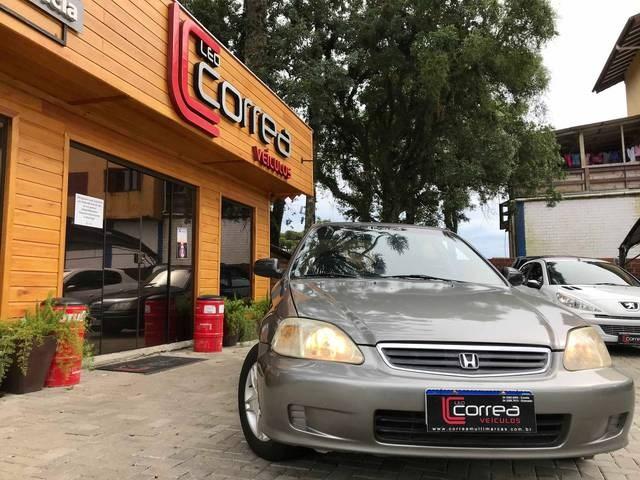 //www.autoline.com.br/carro/honda/civic-16-lx-16v-gasolina-4p-manual/2000/gramado-rs/13497372