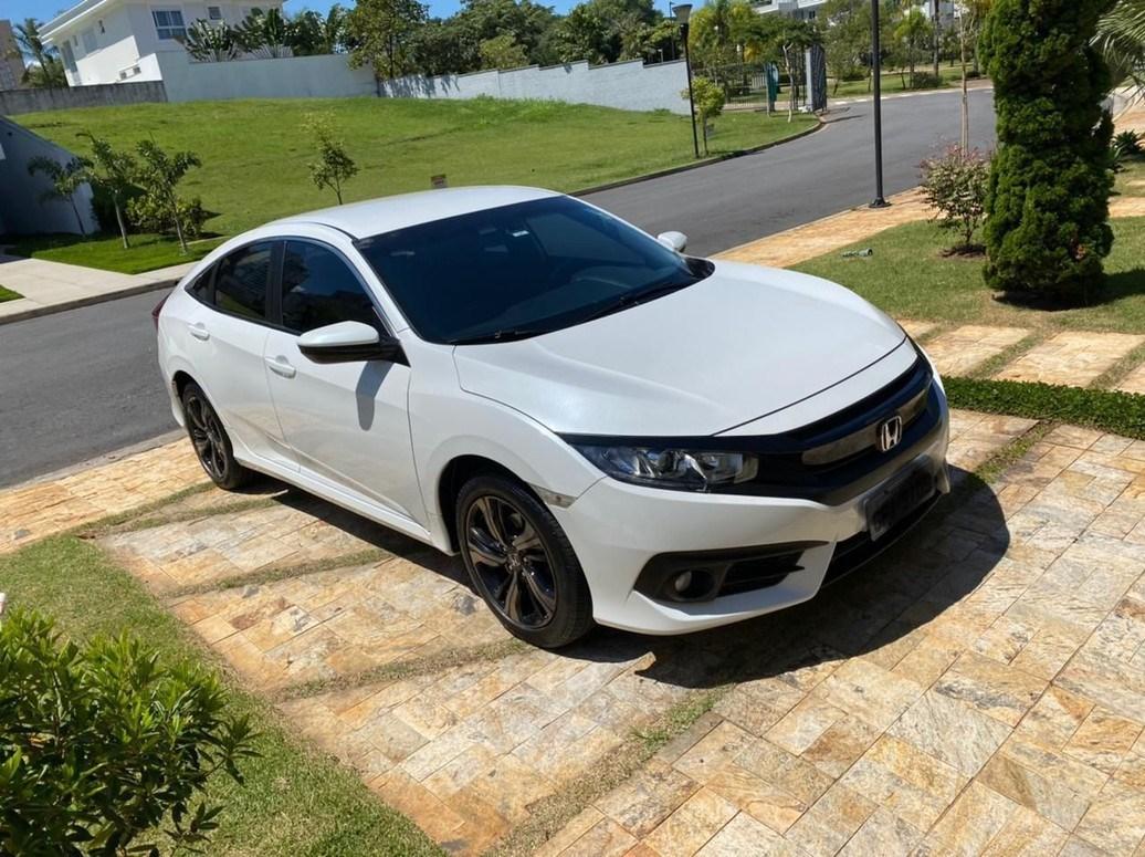 //www.autoline.com.br/carro/honda/civic-20-sport-16v-flex-4p-cvt/2017/osasco-sp/14246405