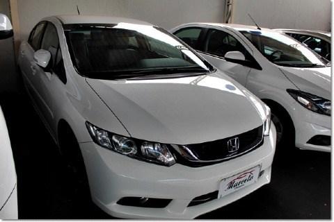 //www.autoline.com.br/carro/honda/civic-20-lxr-16v-flex-4p-automatico/2016/itumbiara-go/14415292