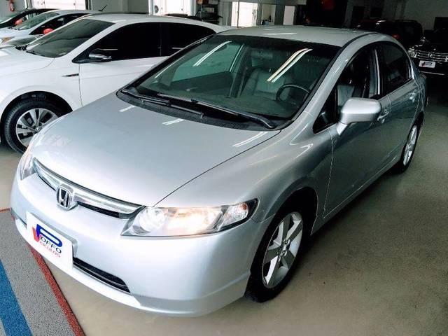 //www.autoline.com.br/carro/honda/civic-18-lxs-16v-flex-4p-automatico/2008/blumenau-sc/14449728