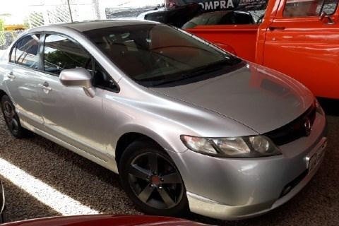 //www.autoline.com.br/carro/honda/civic-18-lxs-16v-gasolina-4p-manual/2007/brasilia-df/14466624
