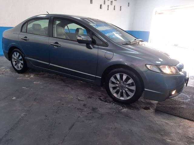 //www.autoline.com.br/carro/honda/civic-18-lxl-se-16v-flex-4p-automatico/2011/sao-paulo-sp/14485624