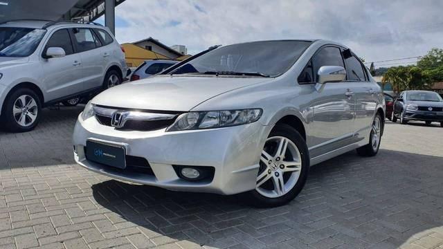 //www.autoline.com.br/carro/honda/civic-18-exs-16v-flex-4p-automatico/2010/indaial-sc/14516493