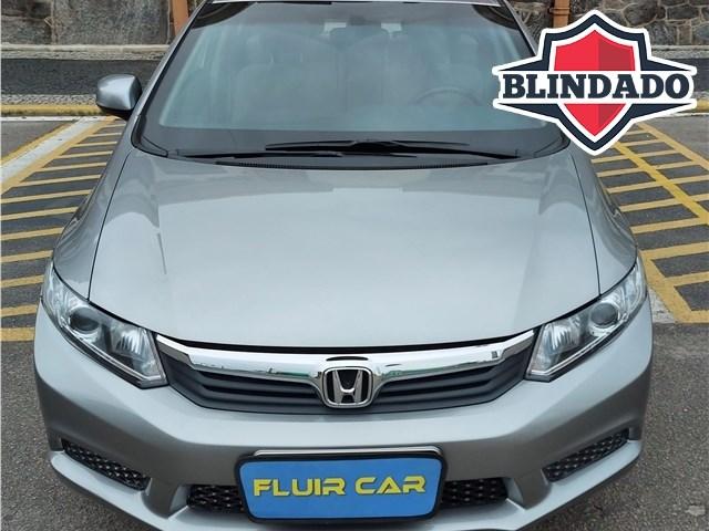 //www.autoline.com.br/carro/honda/civic-18-lxs-16v-flex-4p-automatico/2015/rio-de-janeiro-rj/14601355