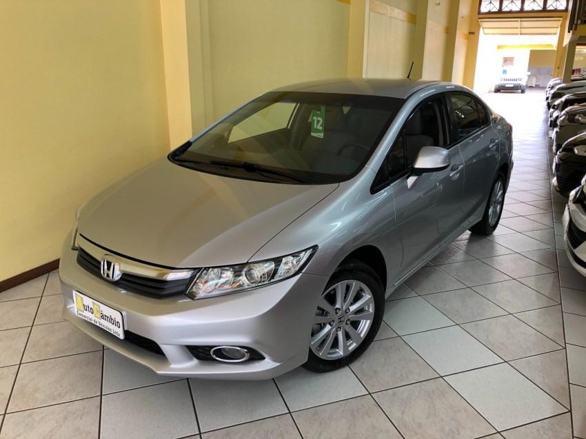 //www.autoline.com.br/carro/honda/civic-18-lxs-16v-flex-4p-automatico/2012/novo-hamburgo-rs/14640192