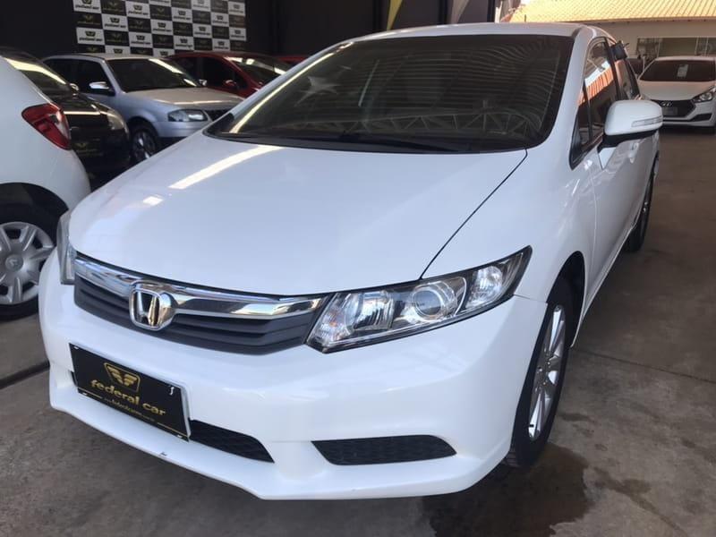 //www.autoline.com.br/carro/honda/civic-18-lxs-16v-flex-4p-manual/2014/campo-grande-ms/14650705