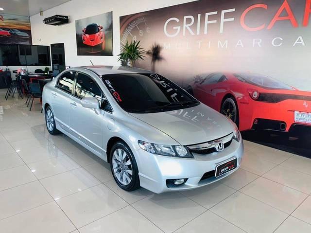 //www.autoline.com.br/carro/honda/civic-18-lxl-se-16v-flex-4p-manual/2011/dois-irmaos-rs/14656101