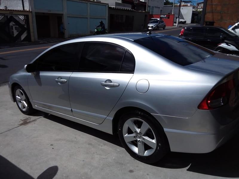 //www.autoline.com.br/carro/honda/civic-18-lxs-16v-flex-4p-automatico/2010/mogi-das-cruzes-sp/14665245