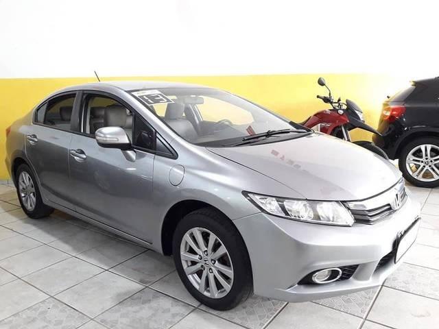 //www.autoline.com.br/carro/honda/civic-18-lxl-16v-flex-4p-automatico/2013/ubatuba-sp/14695469