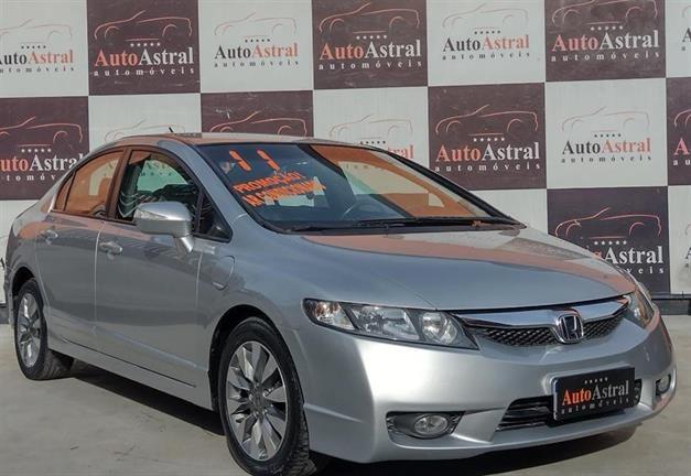 //www.autoline.com.br/carro/honda/civic-18-lxl-16v-flex-4p-automatico/2011/itaborai-rj/14892029