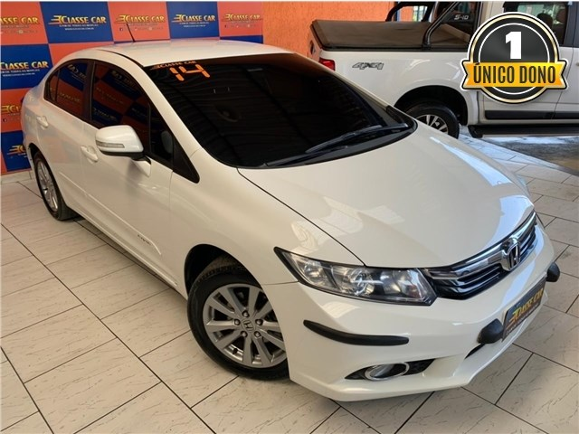 //www.autoline.com.br/carro/honda/civic-20-lxr-16v-flex-4p-automatico/2014/sao-goncalo-rj/14906537