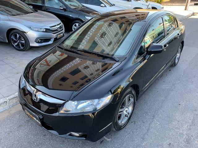 //www.autoline.com.br/carro/honda/civic-18-lxs-16v-flex-4p-automatico/2009/nova-serrana-mg/14919473