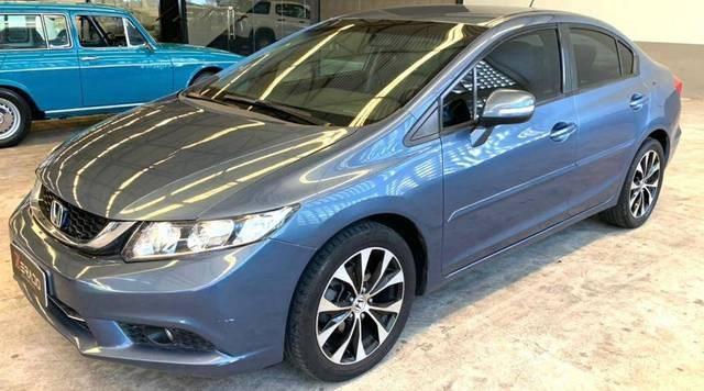 //www.autoline.com.br/carro/honda/civic-20-lxr-16v-flex-4p-automatico/2015/fortaleza-ce/14950572