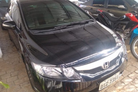 //www.autoline.com.br/carro/honda/civic-18-exs-16v-flex-4p-automatico/2007/leopoldina-mg/15090018