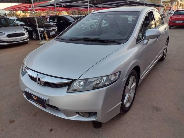 //www.autoline.com.br/carro/honda/civic-18-lxs-16v-flex-4p-automatico/2010/brasilia-df/15115804