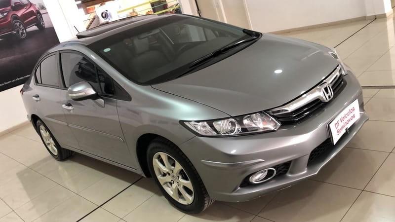 //www.autoline.com.br/carro/honda/civic-20-exr-16v-flex-4p-automatico/2014/brasilia-df/15130047