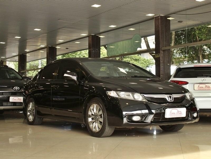 //www.autoline.com.br/carro/honda/civic-18-lxl-16v-flex-4p-automatico/2011/novo-hamburgo-rs/15231559