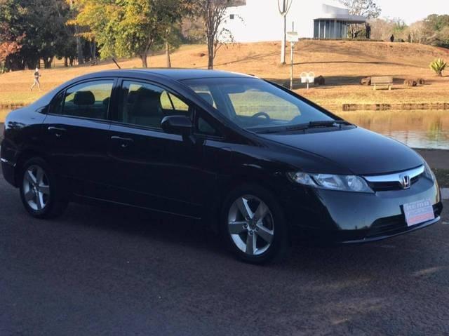 //www.autoline.com.br/carro/honda/civic-18-exs-16v-flex-4p-automatico/2008/jatai-go/15240130