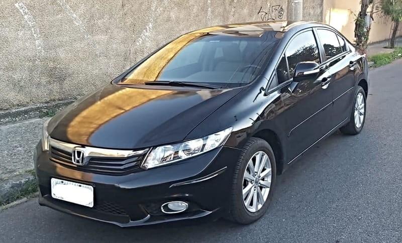 //www.autoline.com.br/carro/honda/civic-20-lxr-16v-flex-4p-automatico/2014/belo-horizonte-mg/15258962