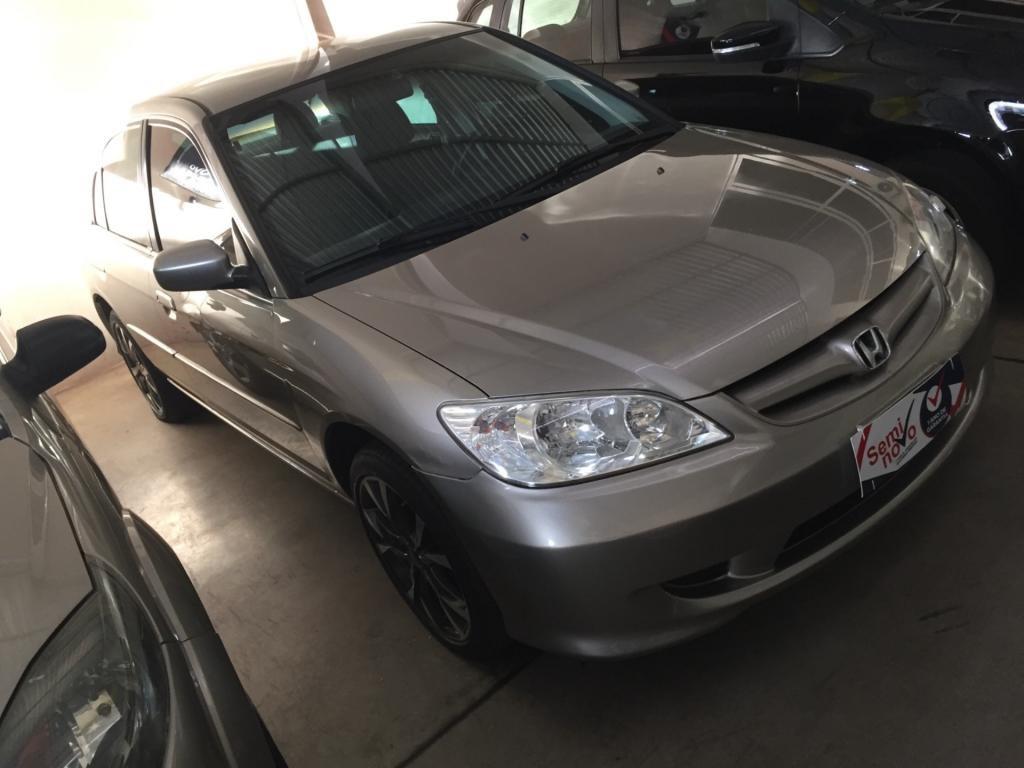 //www.autoline.com.br/carro/honda/civic-17-lx-16v-gasolina-4p-manual/2004/uberlandia-mg/15264550