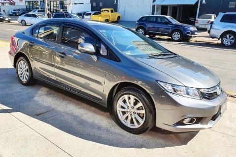 //www.autoline.com.br/carro/honda/civic-20-lxr-16v-flex-4p-automatico/2014/campinas-sp/15514588