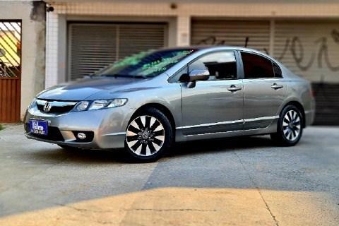 //www.autoline.com.br/carro/honda/civic-18-lxl-16v-flex-4p-automatico/2011/brasilia-df/15581857