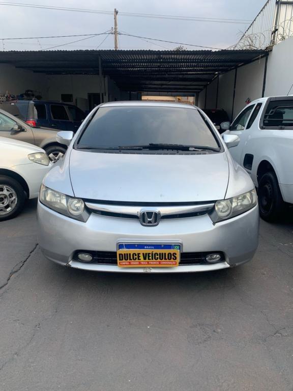 //www.autoline.com.br/carro/honda/civic-18-exs-16v-flex-4p-automatico/2008/uberaba-mg/15649630