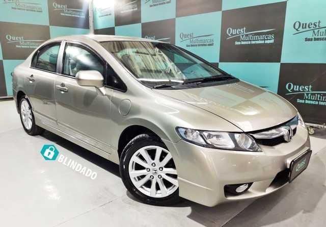//www.autoline.com.br/carro/honda/civic-18-lxs-16v-flex-4p-automatico/2009/sao-paulo-sp/15683846