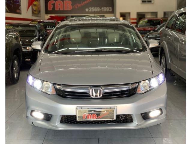 //www.autoline.com.br/carro/honda/civic-18-exs-16v-flex-4p-automatico/2013/sao-paulo-sp/15722988