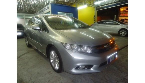 //www.autoline.com.br/carro/honda/civic-18-lxs-16v-sedan-flex-4p-automatico/2012/sao-paulo-sp/6459793
