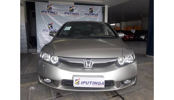 //www.autoline.com.br/carro/honda/civic-18-lxl-se-16v-sedan-flex-4p-automatico/2011/recife-pe/6773305
