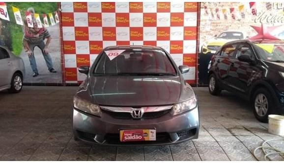 //www.autoline.com.br/carro/honda/civic-18-lxs-16v-sedan-flex-4p-automatico/2009/rio-de-janeiro-rj/6776909