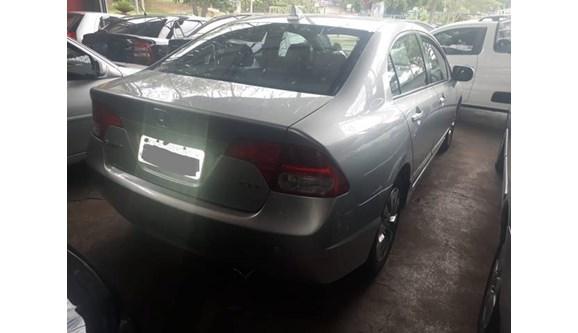 //www.autoline.com.br/carro/honda/civic-18-exs-16v-sedan-gasolina-4p-automatico/2006/presidente-prudente-sp/6810766