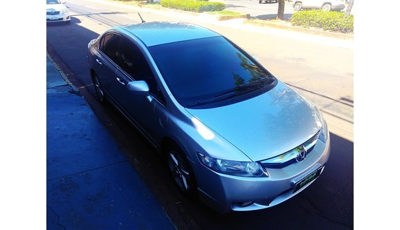 //www.autoline.com.br/carro/honda/civic-18-lxs-16v-sedan-flex-4p-automatico/2008/santa-fe-do-sul-sp/6814634