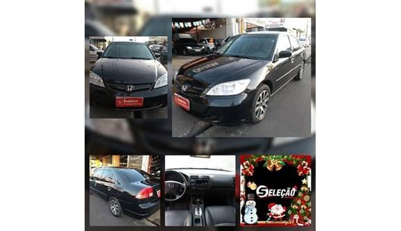 //www.autoline.com.br/carro/honda/civic-17-lxl-16v-sedan-gasolina-4p-automatico/2004/teresina-pi/7000812