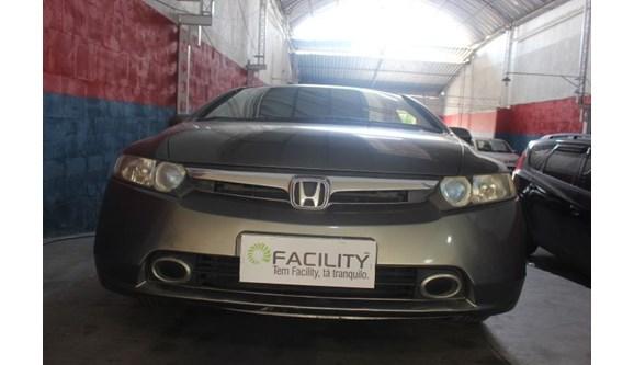 //www.autoline.com.br/carro/honda/civic-18-lxs-16v-sedan-flex-4p-manual/2007/mesquita-rj/7015891