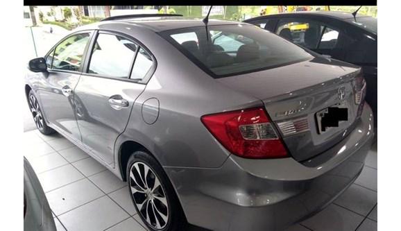 //www.autoline.com.br/carro/honda/civic-20-exr-16v-sedan-flex-4p-automatico/2016/joinville-sc/7016695