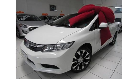 //www.autoline.com.br/carro/honda/civic-18-lxs-16v-sedan-flex-4p-automatico/2014/curitiba-pr/7027555