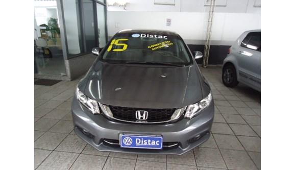 //www.autoline.com.br/carro/honda/civic-20-lxr-16v-sedan-flex-4p-automatico/2015/rio-de-janeiro-rj/7032461